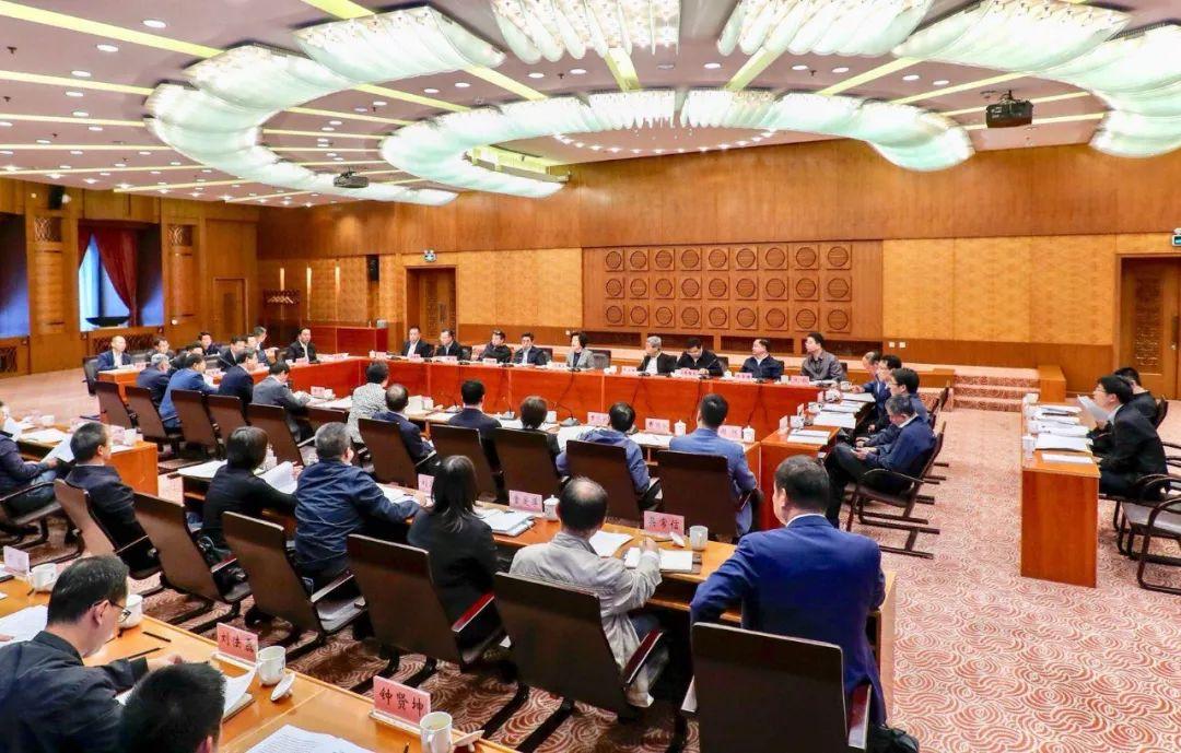 孫春蘭在清華大學調研時強調:提升教育服務經濟社會發展能力