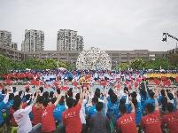 """""""放飞梦想——天津大学青春歌会""""——西华大学西部分会场排练中"""